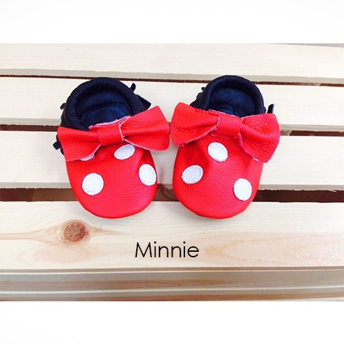 2986305b2a7f0 Adorable Mickey and Minnie Mouse Real Leather Baby Moccasins