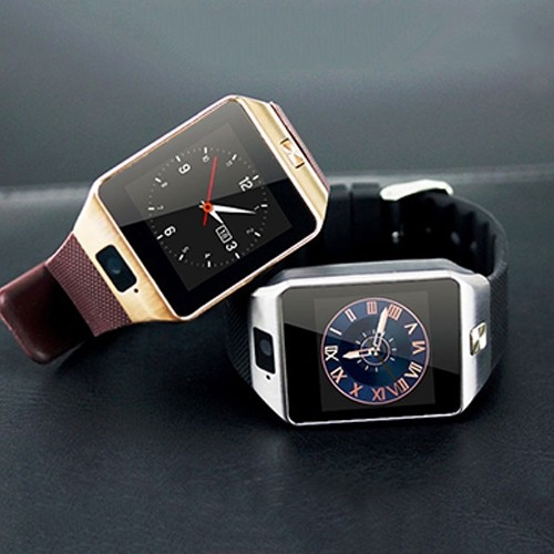 Vintage Style Smart Watch with Camera